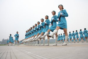 60thparade_women