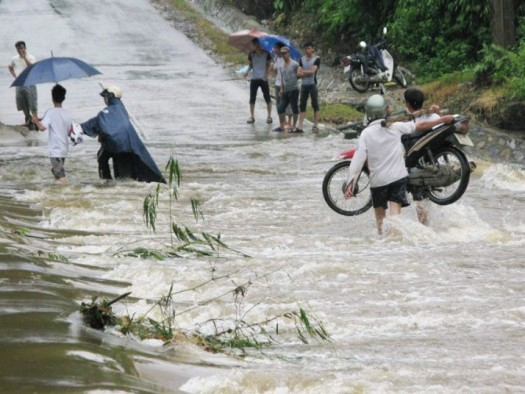 potd-vietnam-flood_2982187k
